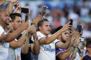 Fans take pictures prior to the Real Madrid versus Barcelona game at Hard Rock Stadium on Saturday, July 29, 2017. Randy Vazquez, South Florida Sun-Sentinel