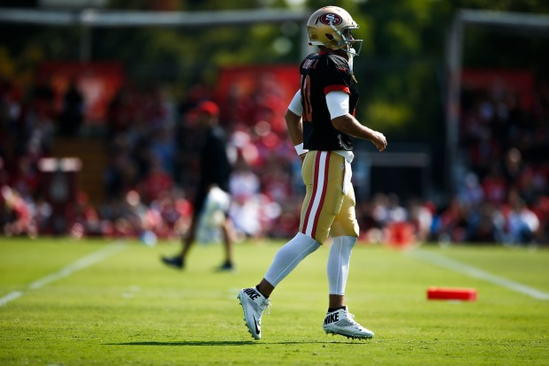 San Francisco 49ers' quarterback Jimmy Garoppolo (10) warms up during training camp at the teams' practice facility in Santa Clara, Calif., on Tuesday, July 31, 2018. (Randy Vazquez/ Bay Area News Group)