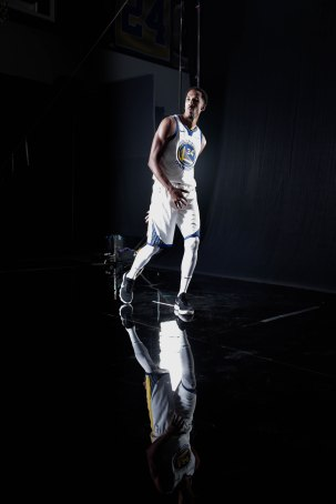 Shaun Livingston gets his photos taken during Golden State Warriors Media Day in Oakland, Calif., on Monday, Sep. 24, 2018. (Randy Vazquez/Bay Area News Group)