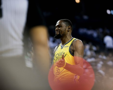 Golden State Warriors' Kevin Durant (35) after a foul during the first quarter of their game versus the Los Angeles Lakers at Oracle Arena in Oakland, Calif., on Tuesday, Dec. 25, 2018. (Randy Vazquez/Bay Area News Group)
