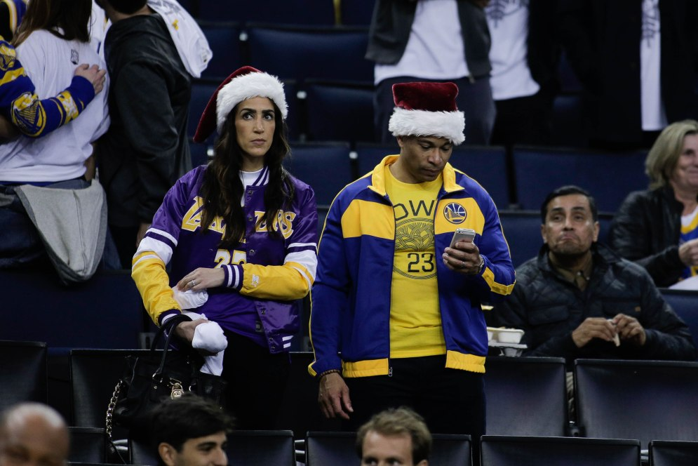 Golden State Warriors and Los Angeles Lakers fans show up for the Christmas Day matchup between both teams at Oracle Arena in Oakland, Calif., on Tuesday, Dec. 25, 2018. (Randy Vazquez/Bay Area News Group)