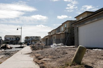 Houses are under construction in the River Island community in Lathrop, Calif., on Sunday, Sep. 30, 2018. Many of the residents in the community travel to the Bay Area for work. (Randy Vazquez/Bay Area News Group)