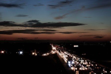 Traffic builds up at dawn on Interstate 205 near Mountain House Parkway in Tracy, Calif., on Monday, Oct. 1, 2018. (Randy Vazquez/Bay Area News Group)