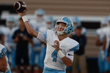 Corona del Mar quarterback Ethan Garbers (4) throws a pass during the first quarter his teams game versus Saint Francis at Saint Francis High School in Mountain View, Calif., on Friday, Aug. 30, 2019. (Randy Vazquez/Bay Area News Group)